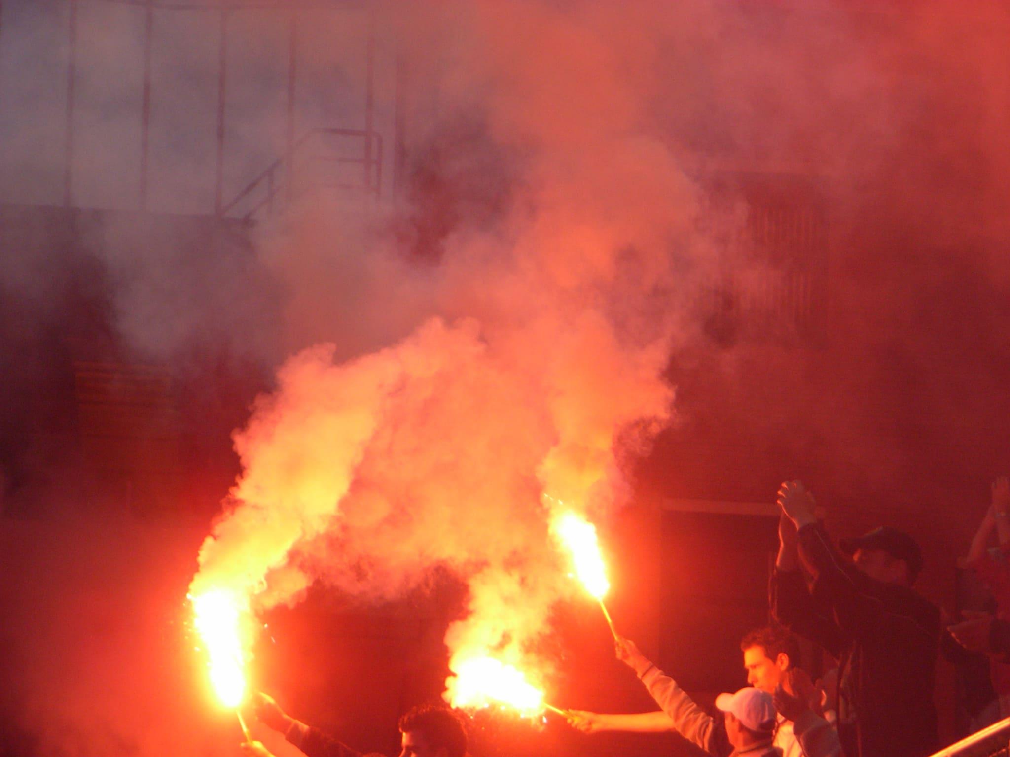 Fakkels bij Jong NAC - Roda (2007)