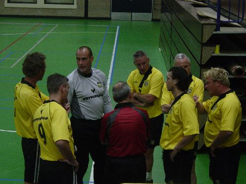 Hallenfussbal Oud NAC (2004)