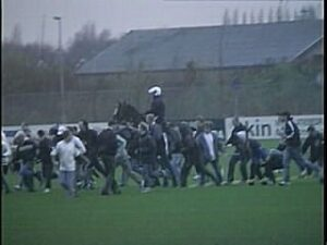 NAC - Ajax ME charge trainingsveld (2001)