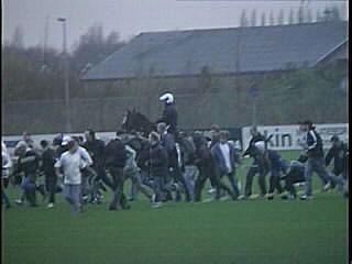 NAC - Ajax ME charge trainingsveld (2001)