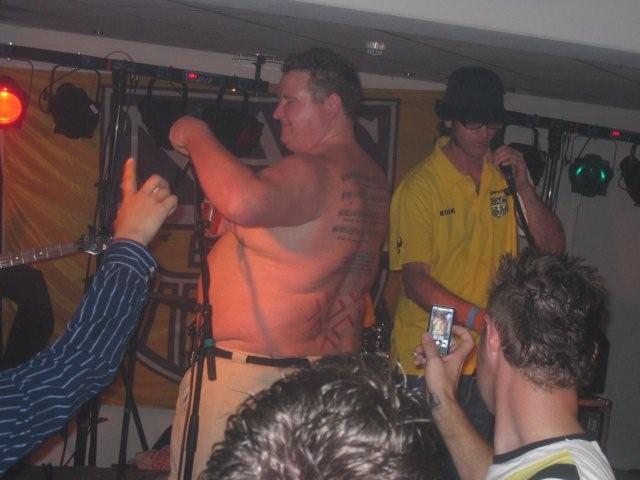 UWD yellow (2007)