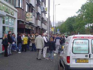 Verzamelen bij de Pint Utrecht uit (2004)